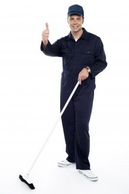 Firma sprzątająca - podczas pracy